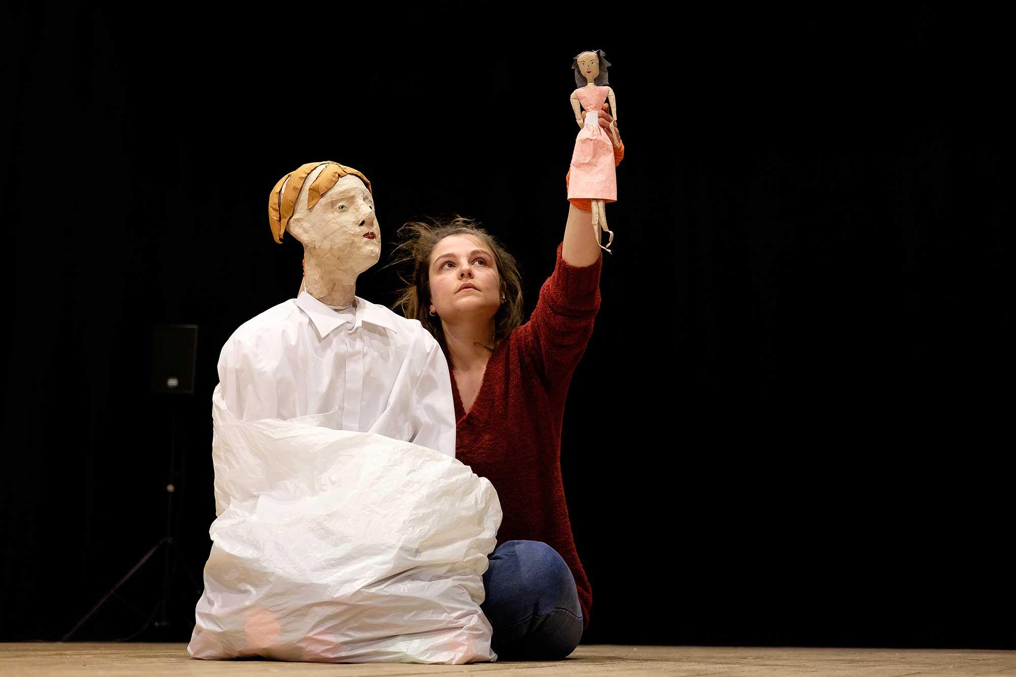 Solo Marion Dépret - option arts de la marionnette 2017 - 2018